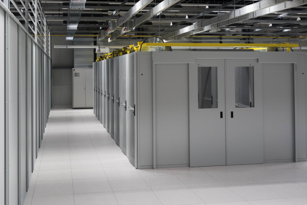 tcn datacenter racks