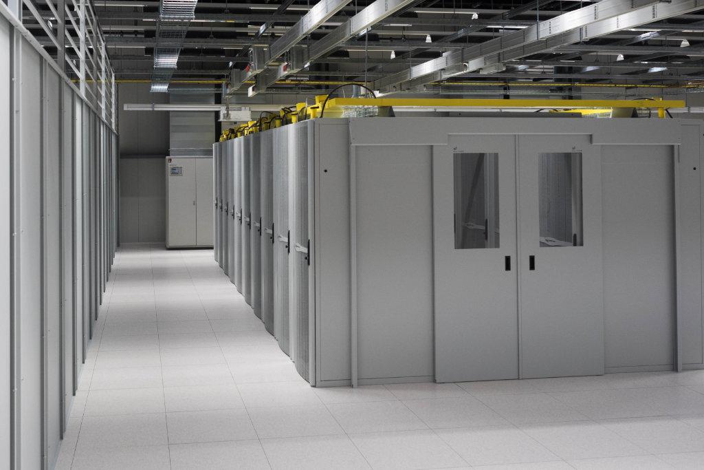 tcn datacenter racks